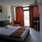 3 nopti de cazare si o cina pentru 2 persoane la Hotel Recif din Neptun!