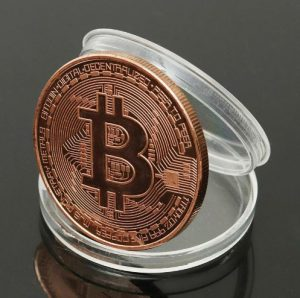 moneda bitcoin din metal