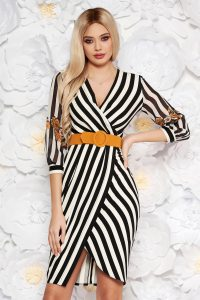 rochie cu dungi verticale
