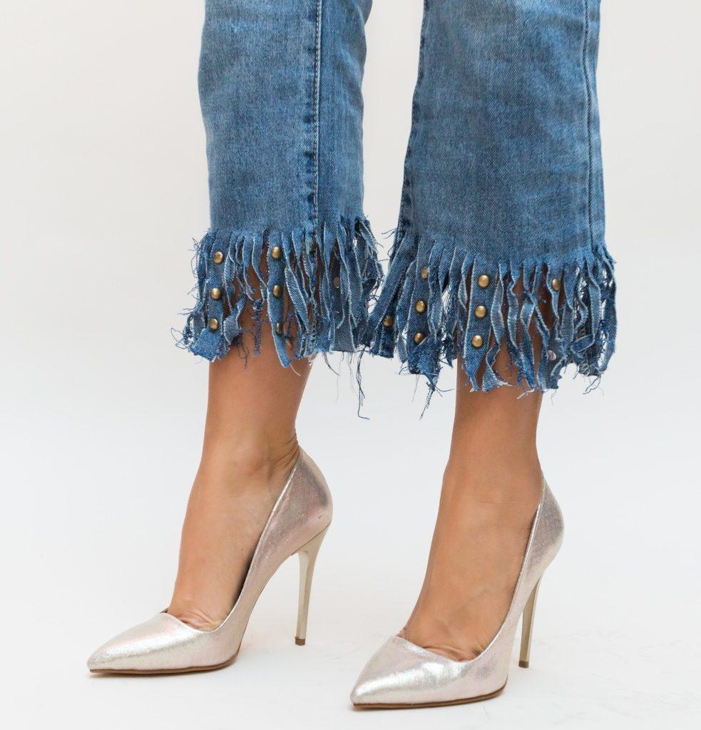 pantofi eleganti aurii
